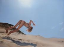 Roaring Beach 2015, oil on panel, 56x76cm